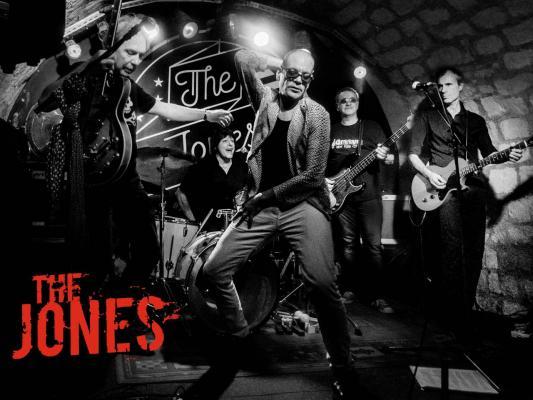 The Jones 2016 - First Shot Tour