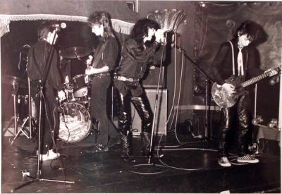 enry Paul ,Sonny Slowdown, G.I.Jill, Stiv Bators & Johnny Thunders @New Moon - Paris Pigalle - 87